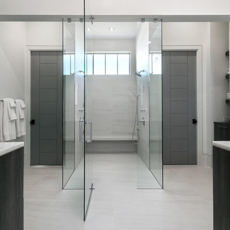 Modern Master Curbless Shower