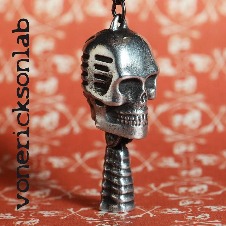 large skull charm 34s