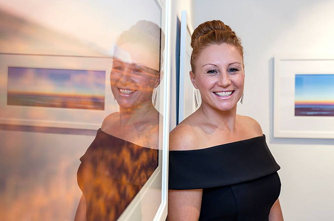 Helen Komene pastel artist in profile