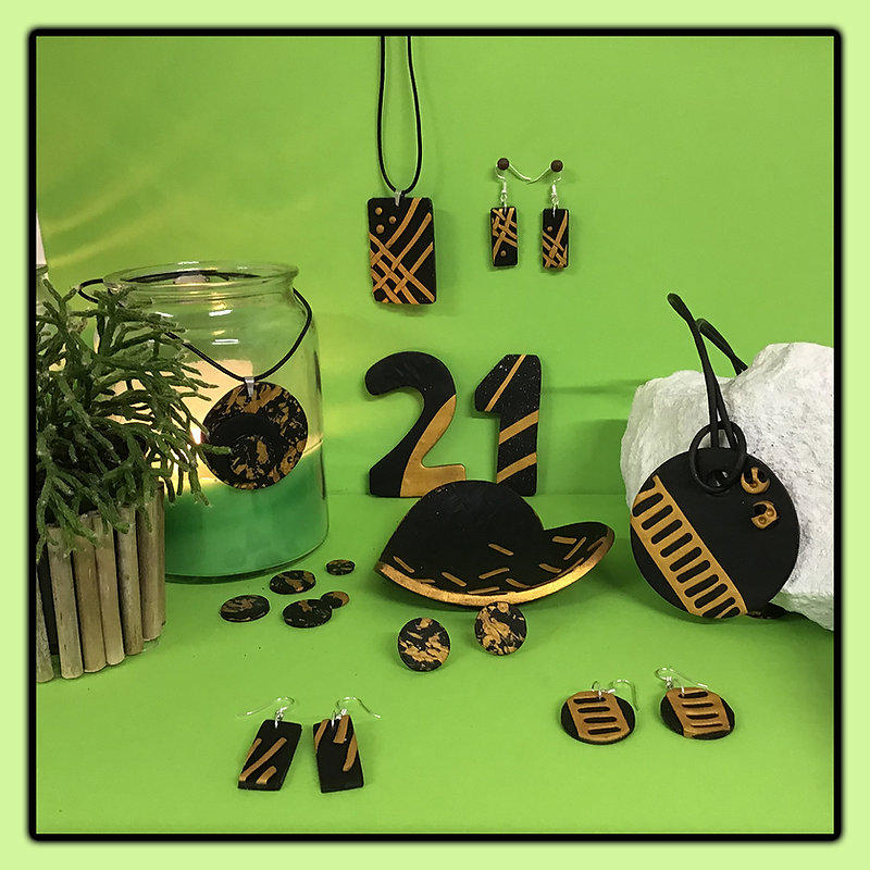 Black and gold overview.jpg