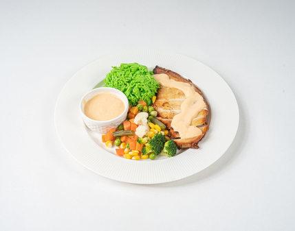 دجاج مشوي مع بيبر صوص و رز اخضر