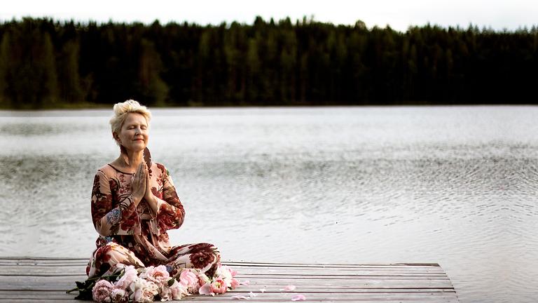 LAFPA OFFStage:  Sari Helenan kundaliinijooga