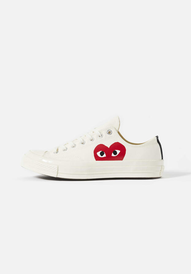 CDG Play Converse Low