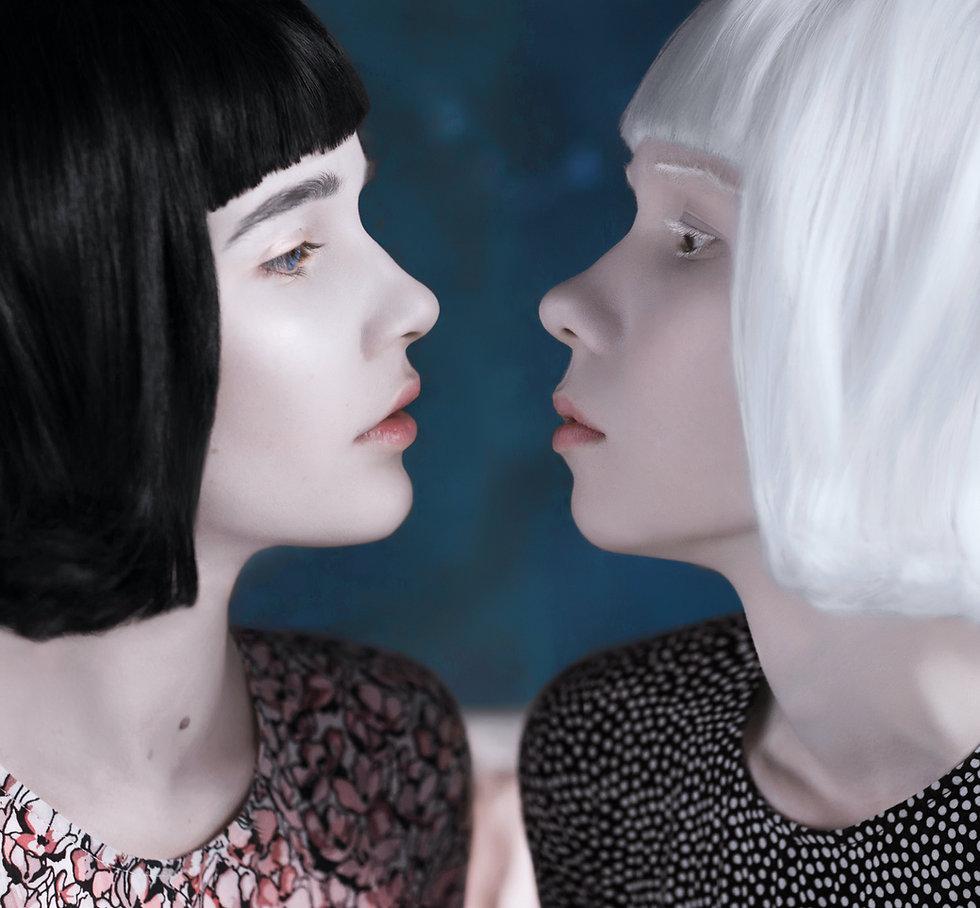 Closeup of two lookalike models
