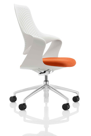 Coza Chair - Pure White Shell with Polished 5 Star Base