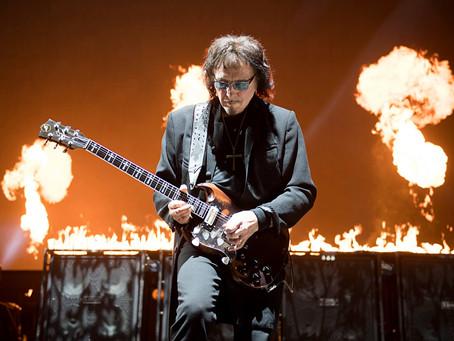 Tony Iommi med nytt materiale!