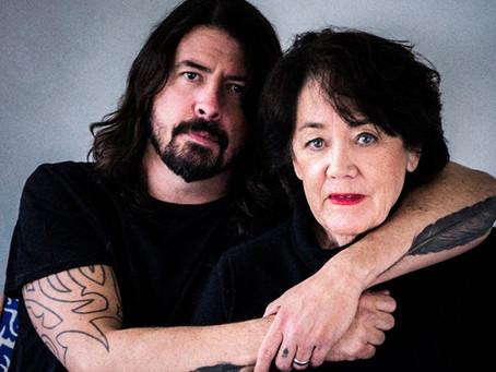 Dave Grohl møter rocka mødre