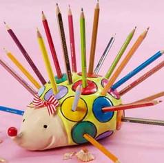 porcupine-clay-pencil-holder-.jpg