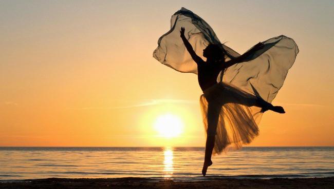 ballet-beach.jpg
