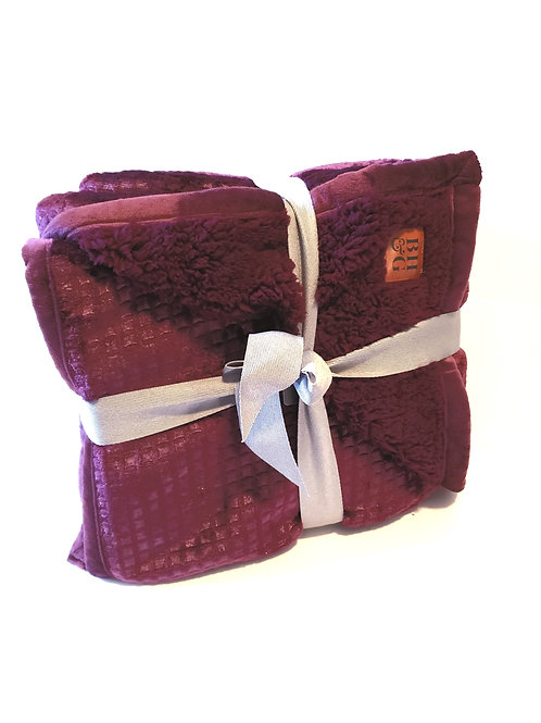 Burgundy Extra Soft Sherpa Throw - Holiday Gift