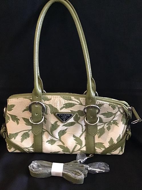 Prada Handbag (VC112)