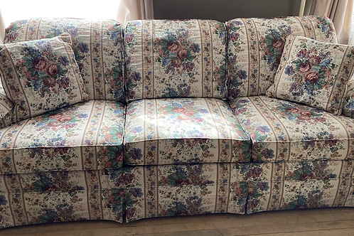 Couch (F580)
