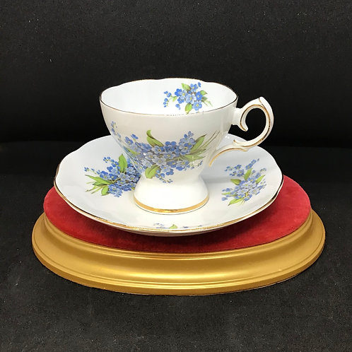 Musicial Tea Cup and Saucer (C88)