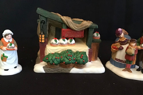 Dept 56 (#017) Christmas Pudding Costermonger