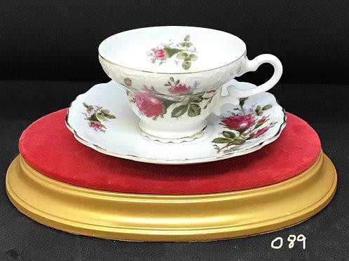Royal Seally China Tea Cup and Saucer (089)