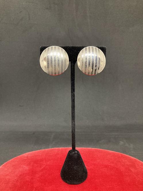 Clip-on Earrings (CE011)