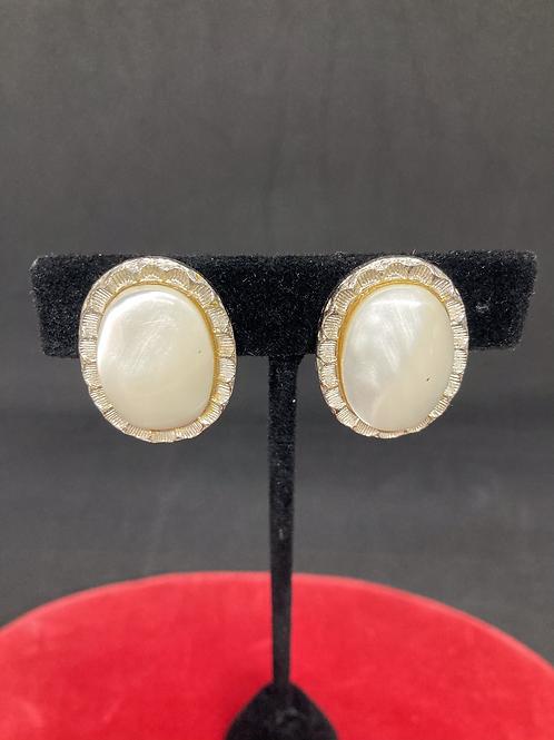 Clip-on Earrings (CE016)