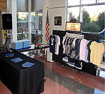 set up of the mobile T-Shirt Shop