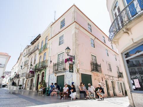 Estar na rua: uma intervenção urbana