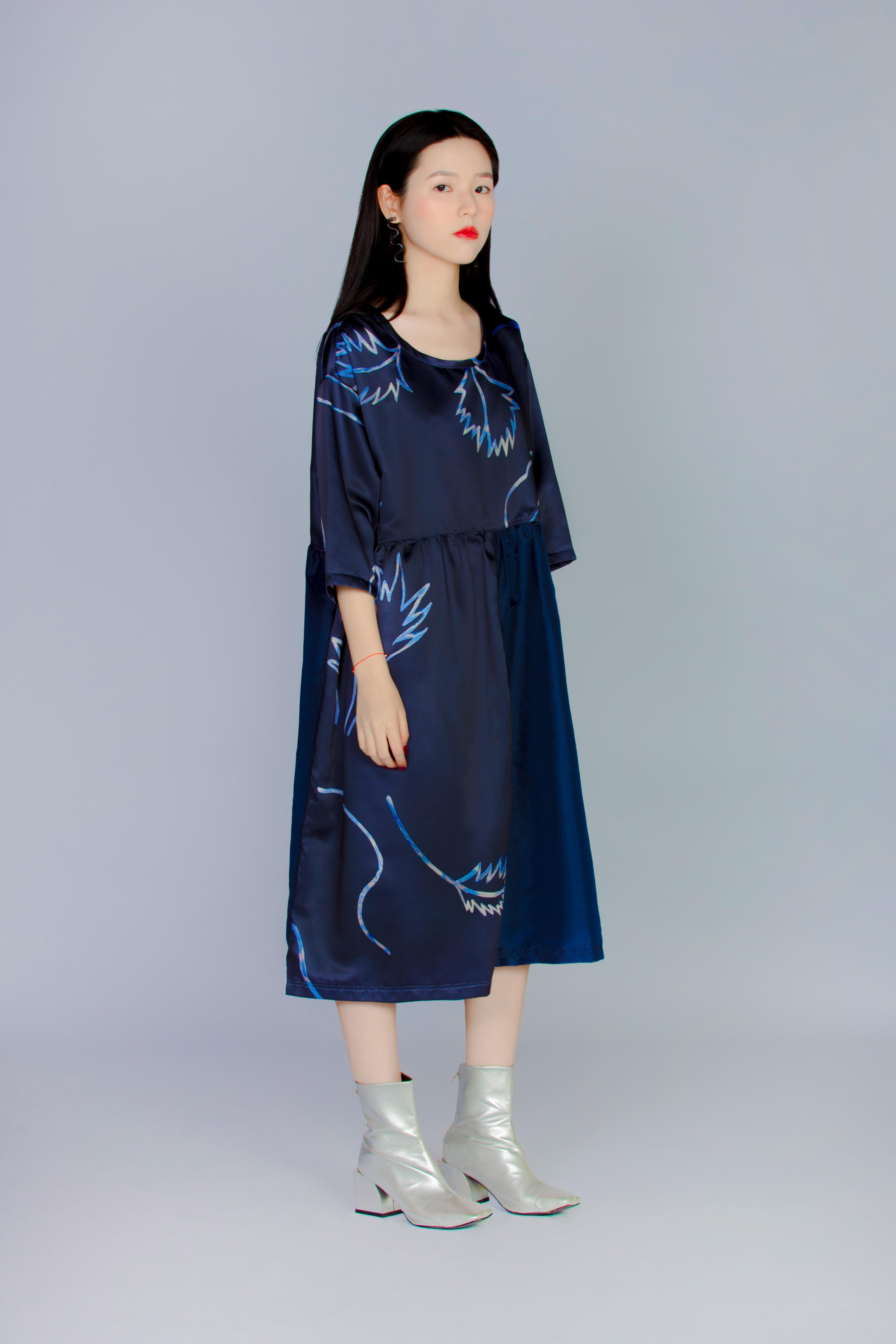 普朗克藍蕨 - 落肩三拼接洋裝