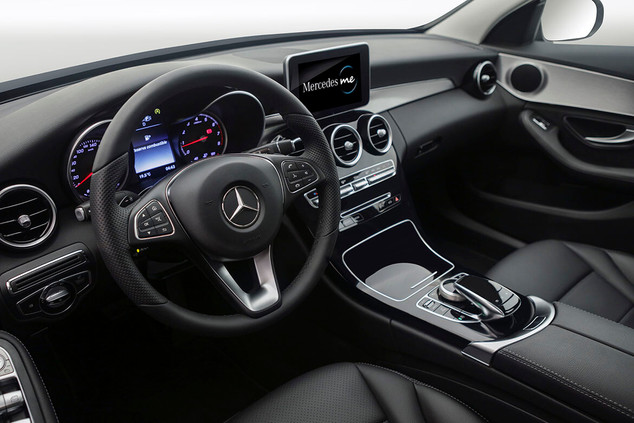 Mercedes Benz interior _ Chile _ Studio7