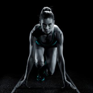 Alemana_Sport_atleta_agachada 22.jpg