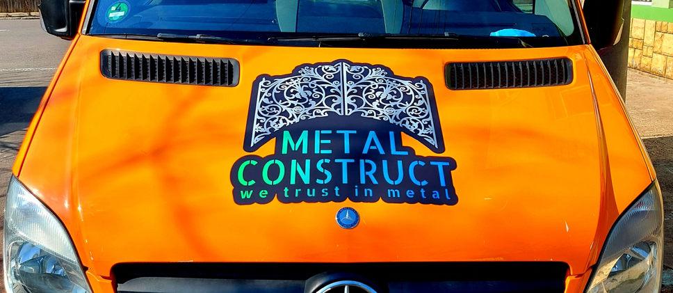 Metal Construct Mercedes-Benz