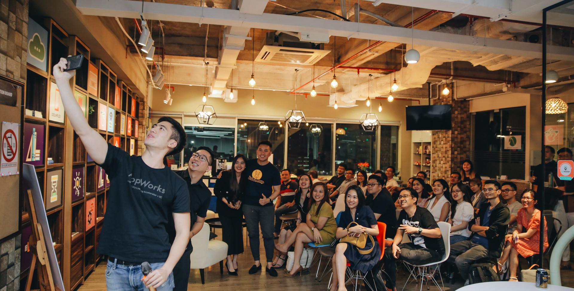 Y191109 - Vietnam Trip Founder Forum.jpg