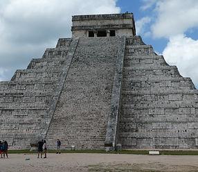 Pirámide de Chichen Itzá. Viajes Mahametta