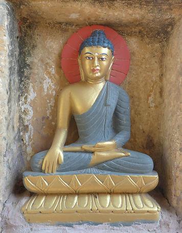 Buddha in Bodhgaya, Indien. Buddhistisches Meditation Seminar mit Mahametta