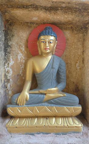 Estatue of Buda in Bodhgaya, India. Workshop about Buddhist Meditation with Mahametta Akademie