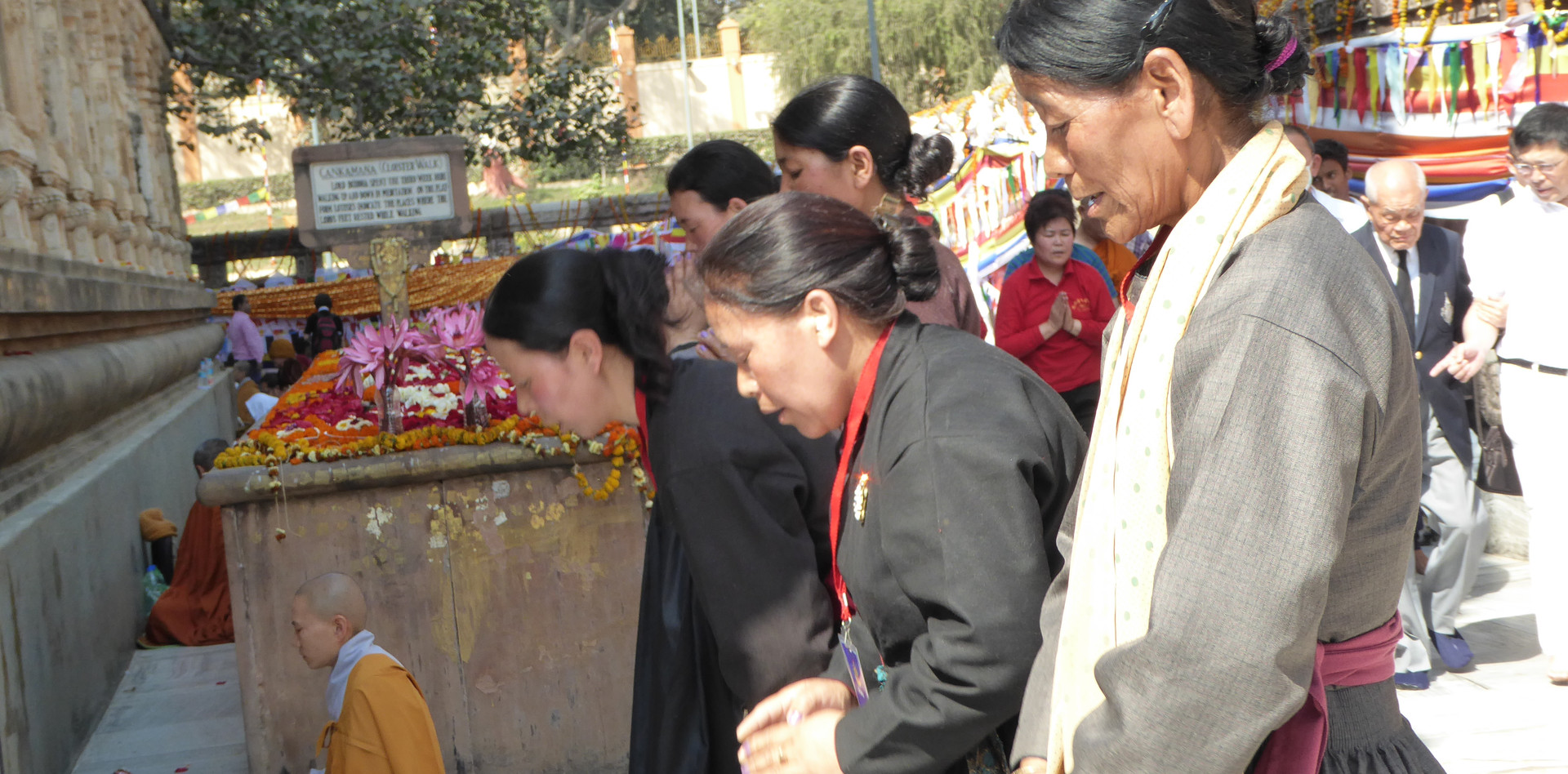 Tibetan women praying
