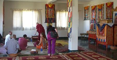 Meditationraum in Sarnath. Buddhistisches Meditation Seminar mit Mahametta