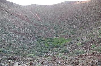 Volcano in Lanzarote. Shamanic Retreat with Maha Metta and Geoviva in December