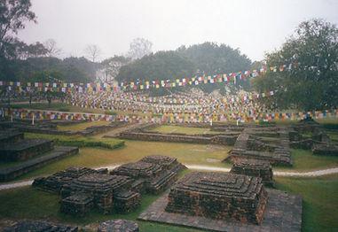 Lumbini, Nepal. Lugar de nacimiento de Gautama Buda. Taller de meditación budista con Mahametta Akademie
