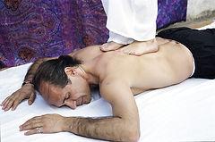 Ashiatsu Massage. Maya Mahametta. München