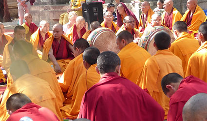 Tibetan monks in a ritual in Bodhgaya, India. Workshop about Buddhist Meditation with Mahametta Akademie