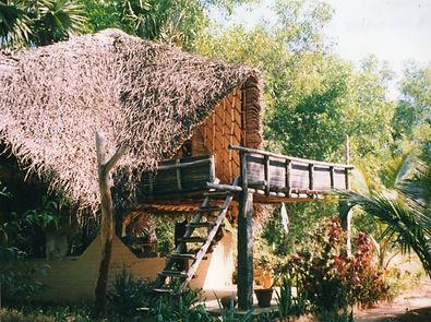 Ein Haus in Auroville, Indien. MahaMetta Spirituelle Reisen