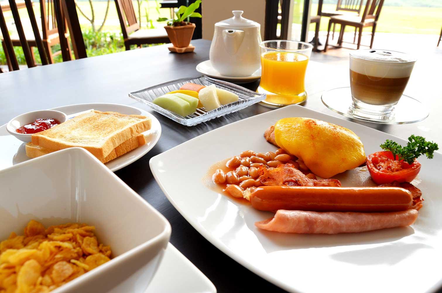 breakfast1.JPG