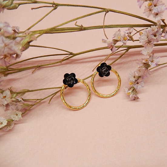 Marie Gold ~ mini roses noires