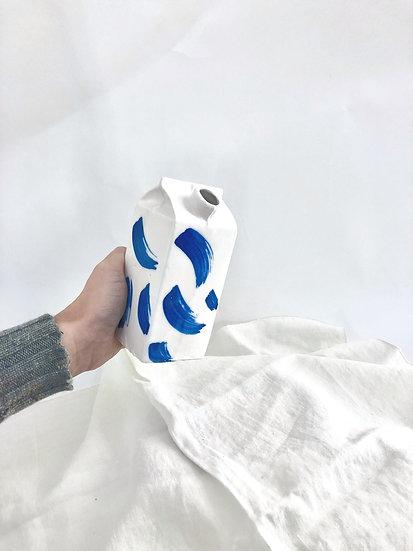 Lou Dervieux ~ Briquette coup de pinceau