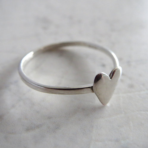 Plain Heart Ring