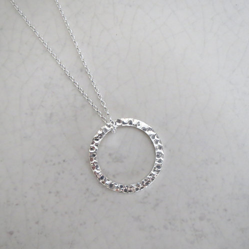 Hammered Hoop Long Necklace