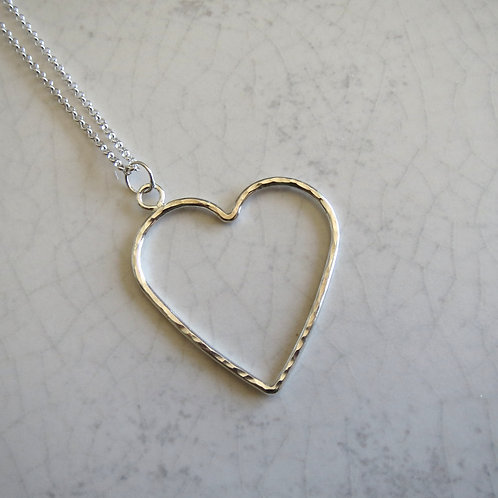 Wire Heart Long Necklace