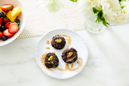 Toasted Pistachio Brownie Bites_v2.PNG