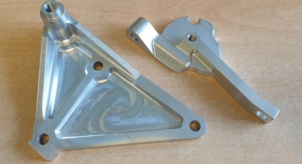 Two brackets for an engine conversion installation