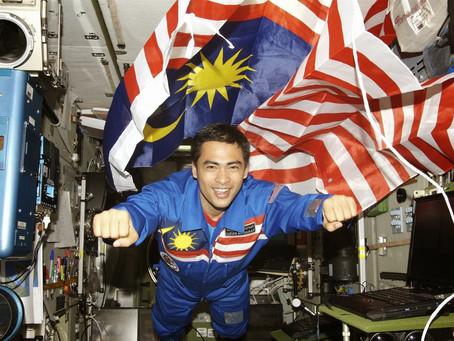 Subhanallah, Dr Sheikh Muzaffar kongsikan video perjalanan menakjubkan di angkasa