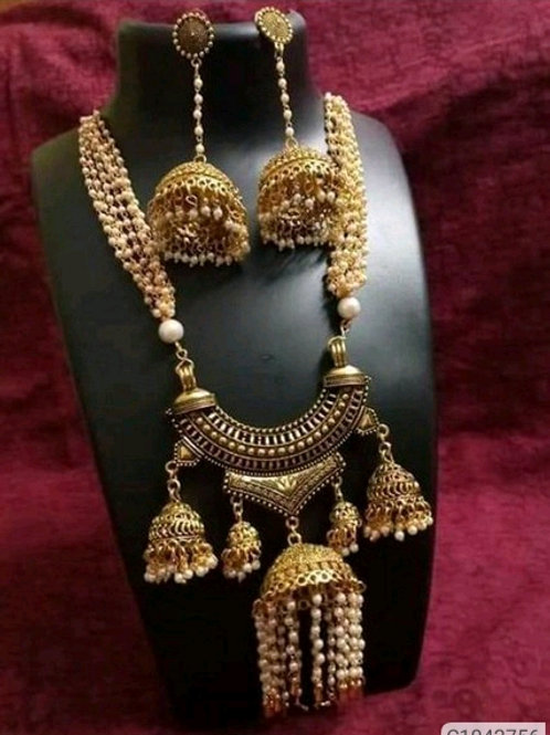 Beautiful Pearls And Beads Jewellery Sets
