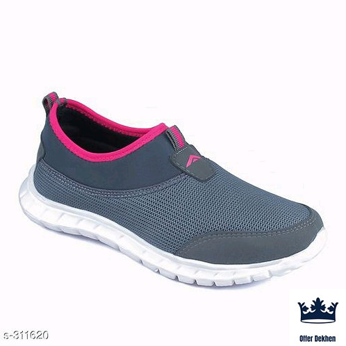 1 Pair Of Women's Shoe