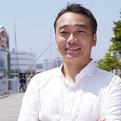 staff_fujisawa.jpg